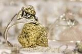 Bijou en pierre pyrite