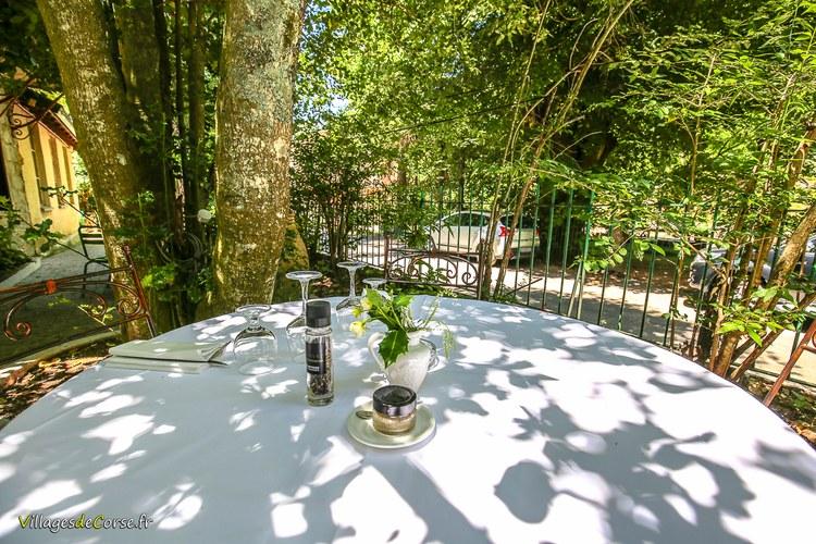 Table restaurant vizzavona Monte d Oro Hôtel à Vivario