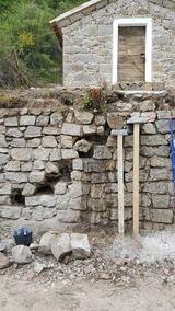 Ouverture mur en pierres pour réalisation escaliers en encorbellement - avril et mai 2017