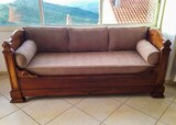 Sofa restaure