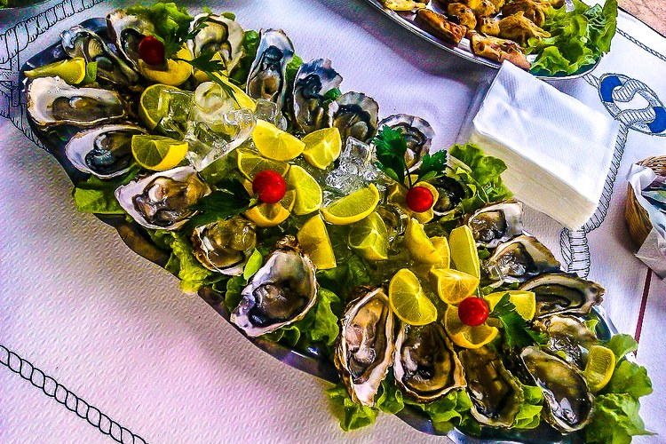 restaurant huitres saint florent il pulcinella
