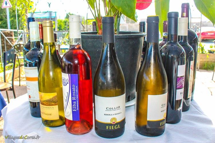 Vin elba rosato Il Pulcinella 2 Restaurant à Saint Florent