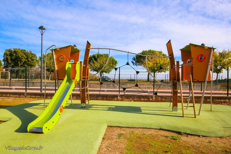 Aire de jeux borgo