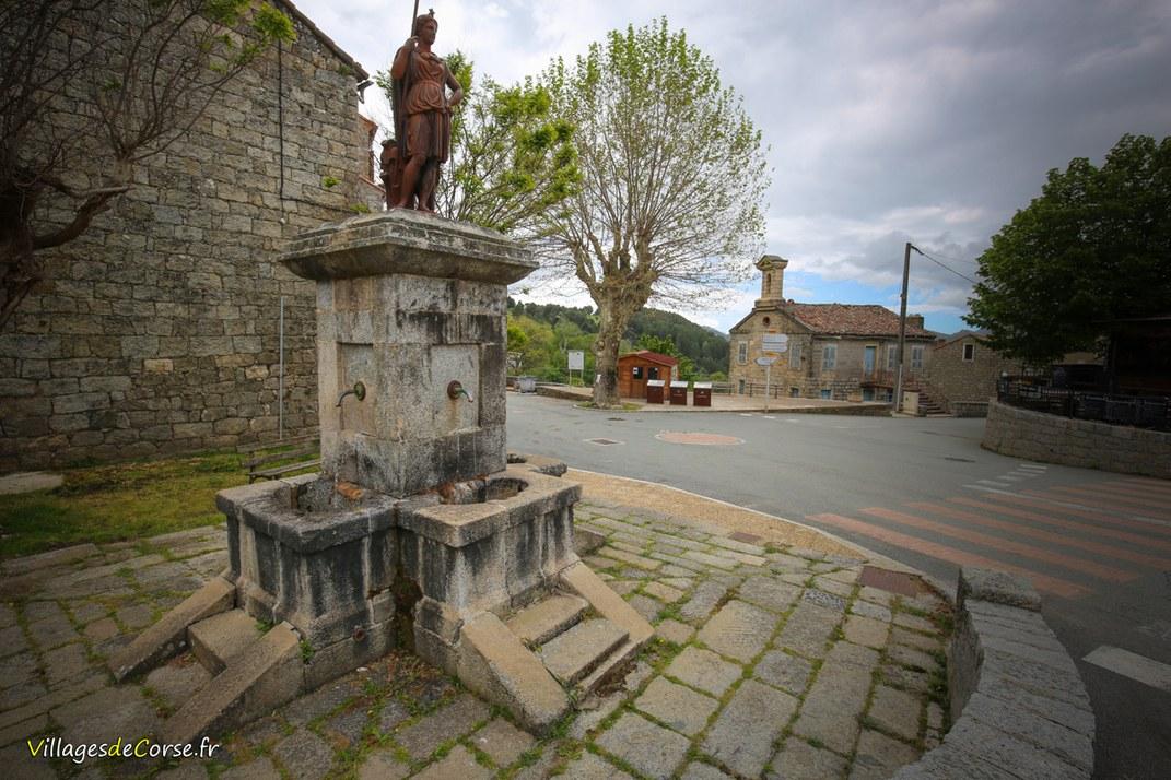 Fontaine à trois canons de Minerve - Aullène
