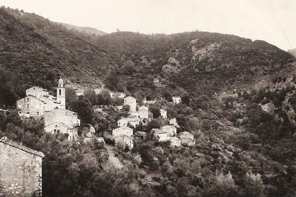 Village - Cargiaca