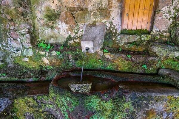 Fontaine - Costa