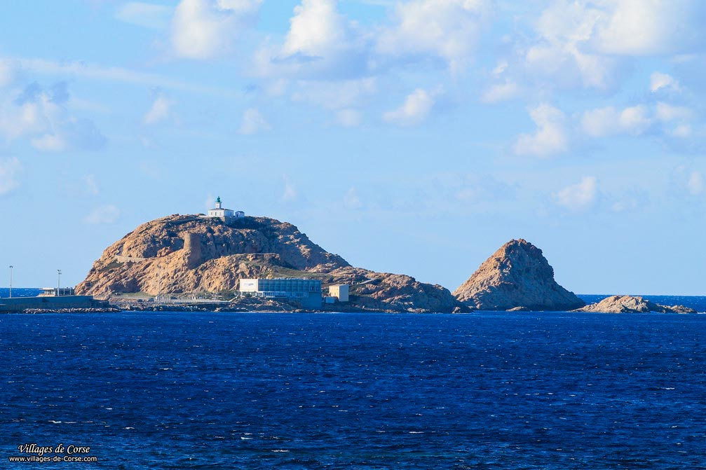 Ilot - Pietra - Île Rousse