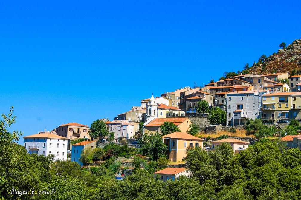 Village - Pietralba