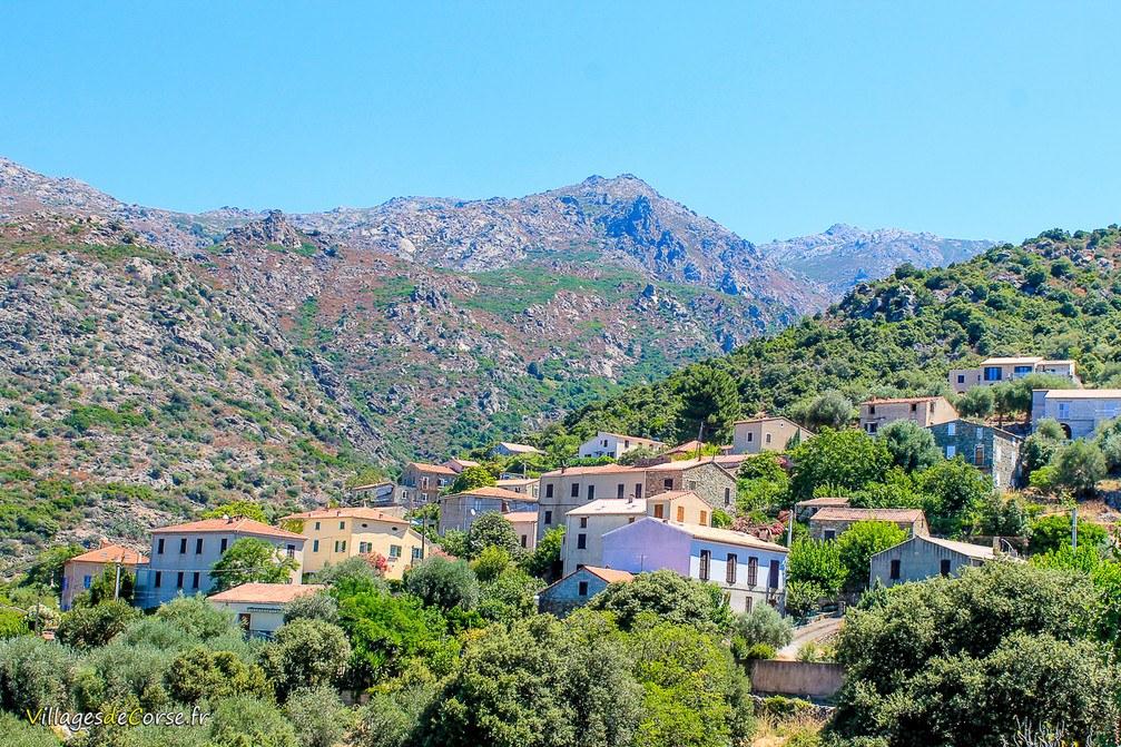 Village - Urtaca