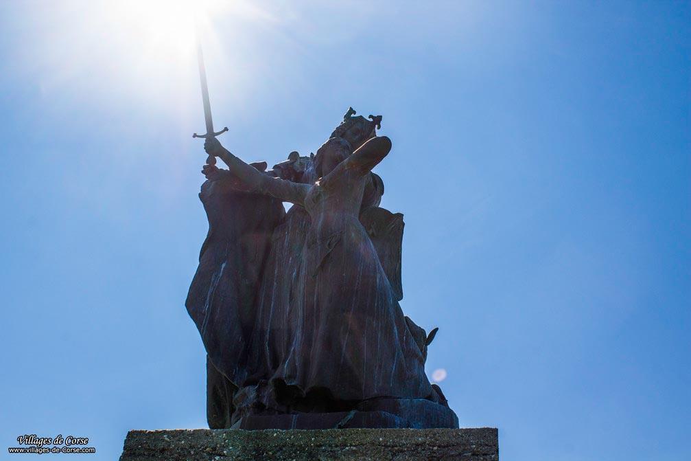 Statue - Sisco