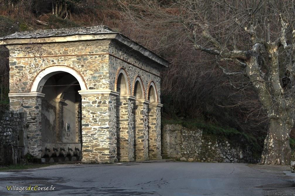 Fontaine - A Funtanona - Loreto di Casinca