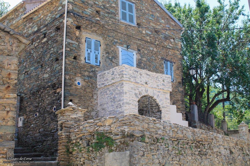 Maison en pierres - Cambia