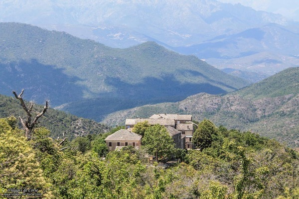 Village - Castineta