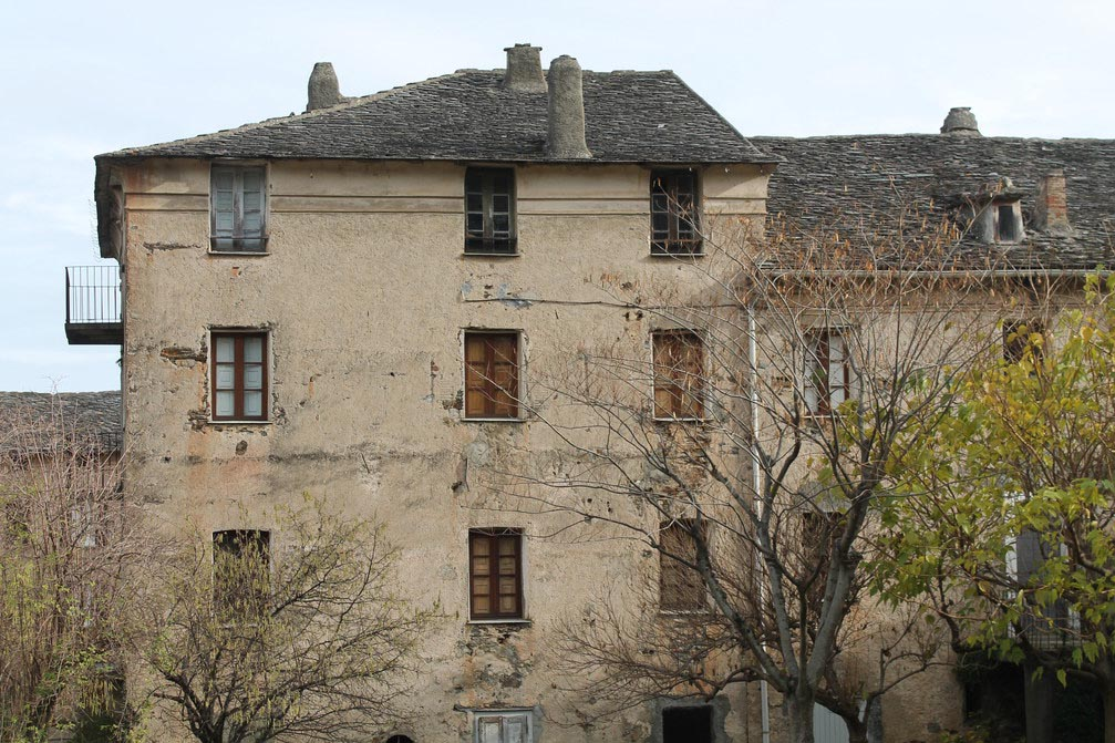 Maison en pierres - La Porta