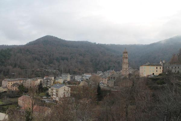 Village - La Porta