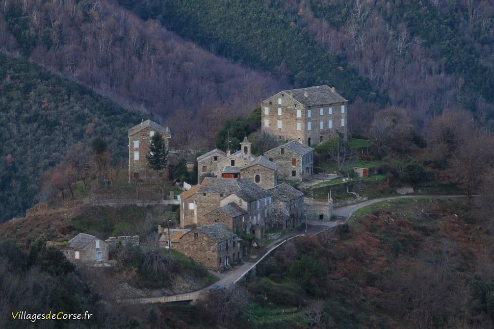 Hameau - Divina - Monte