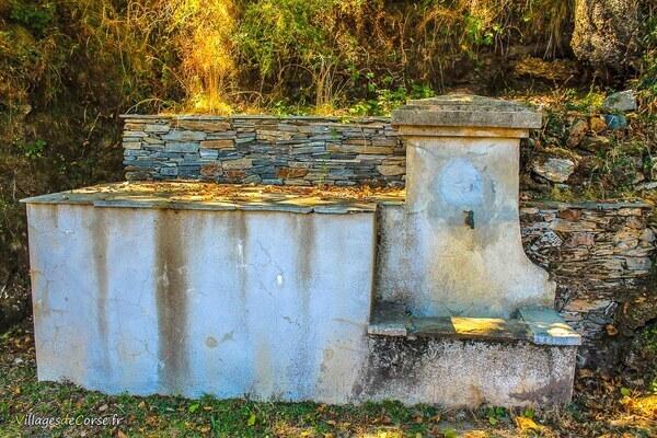 Fontaine - Poggio Marinaccio