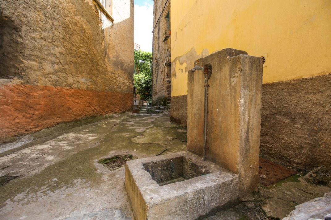 Fontaine - Corte