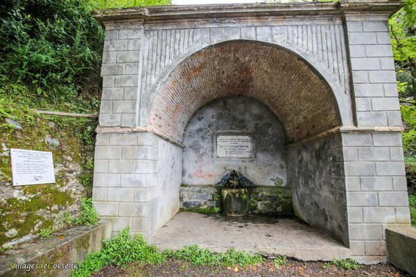 Fontaine - Funtana di a Serpentina - Santa Maria Poggio