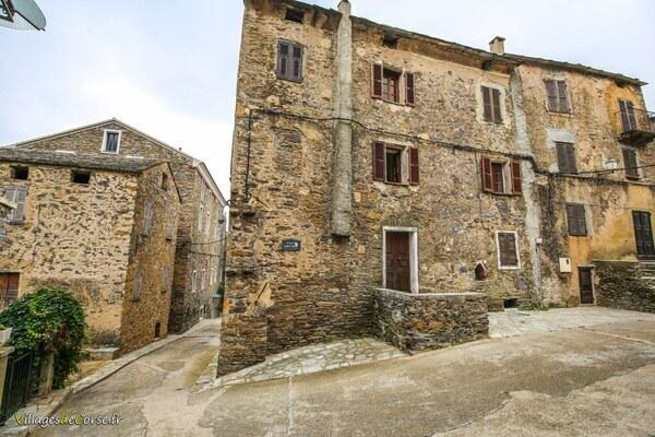 Steinhaus - Santa Maria Poggio