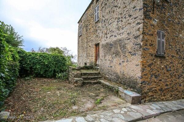 Maison en pierres - Santa Maria Poggio