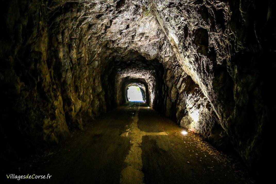 Tunnel - Santa Maria Poggio