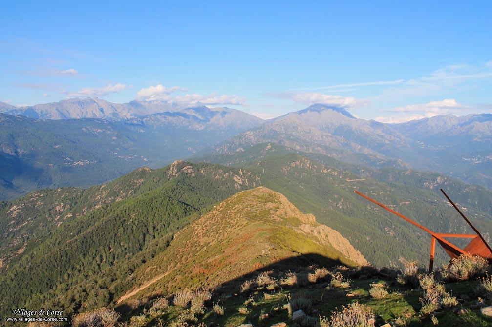 Mont - Punta Sant Eliseo - Sari d Orcino