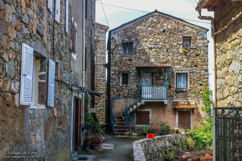 Maison en pierres - Sari d Orcino