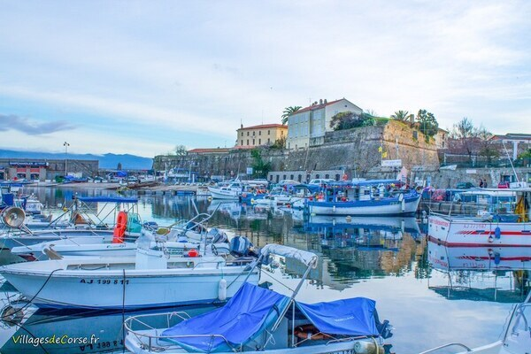 Port - Tino Rossi - Ajaccio