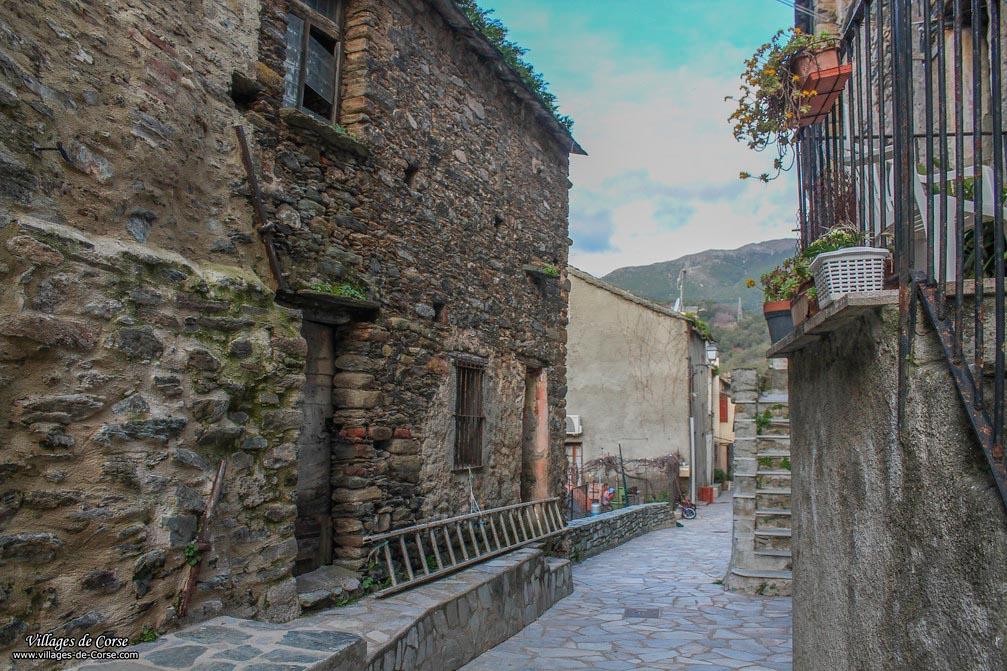 Ruelle - Borgo