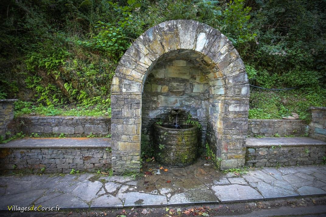 Fontaine - A Ciucciaghja - Farinole