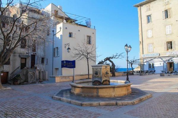 Place de l'Eglise - Saint Florent
