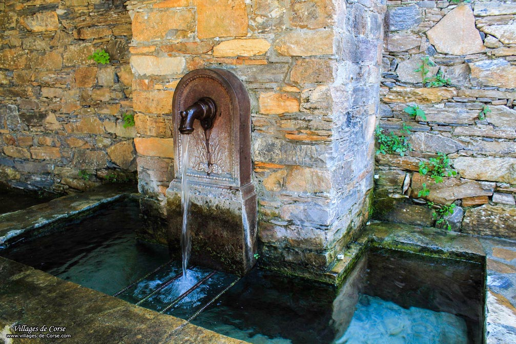 Fontaine - San Gavino di Tenda
