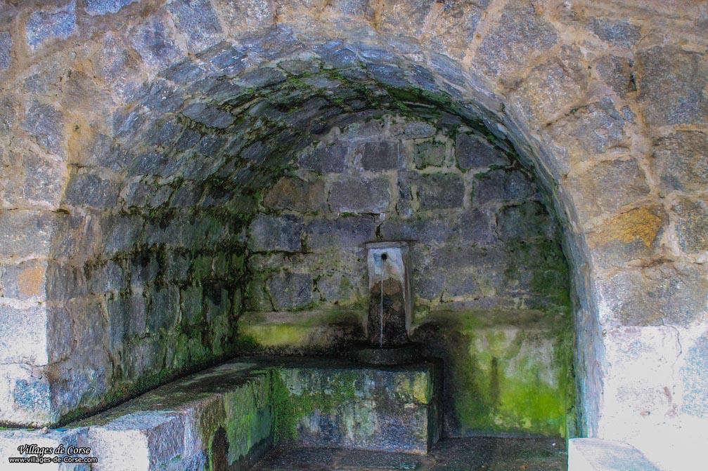 Fontaine - Bastelica