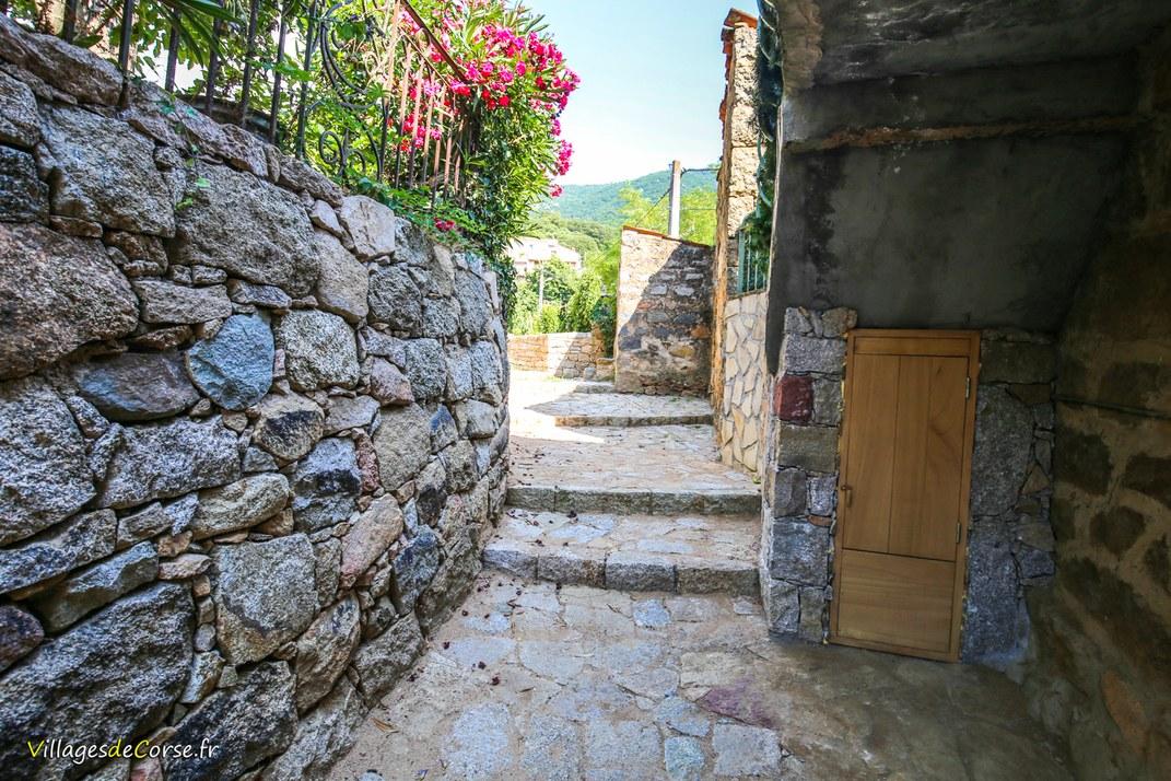 Escaliers - Argiusta Moriccio