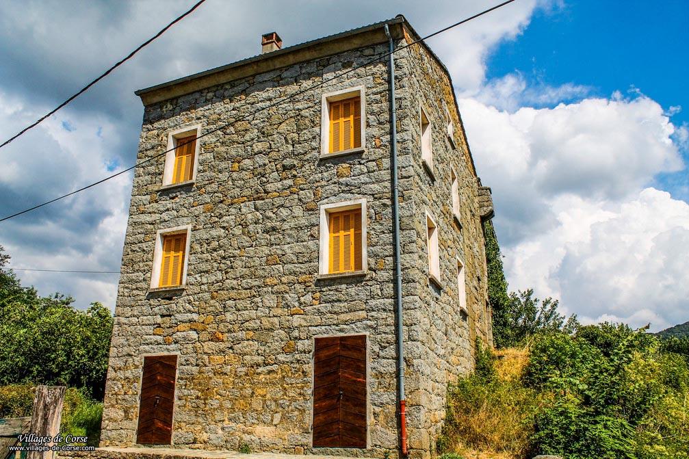 Maison en pierres - Cardo Torgia