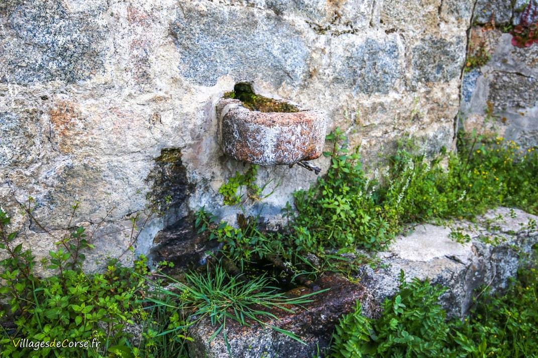Fontaine - Cognocoli Monticchi