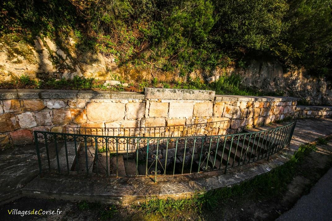 Fontaine - Funtana di i petri - Cognocoli Monticchi