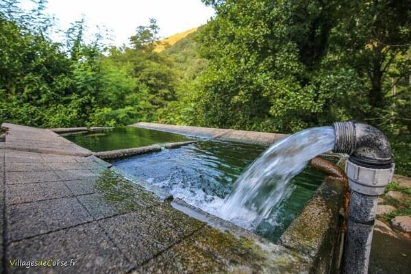 Source thermale - Bains de Guitera - Guitera les Bains