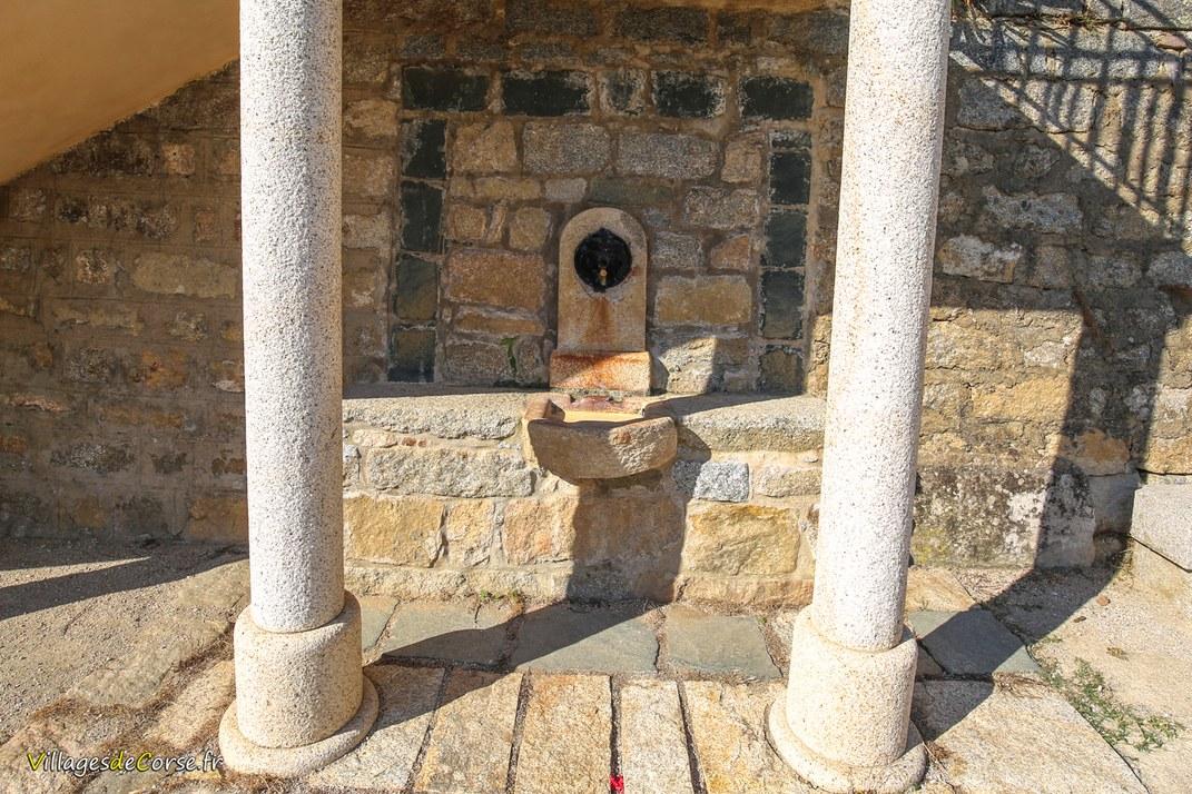 Fontaine de l'Eglise - Olivese