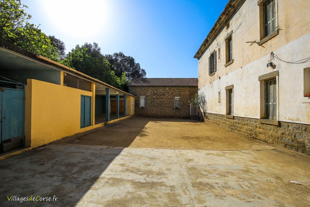 Village - Pila Canale