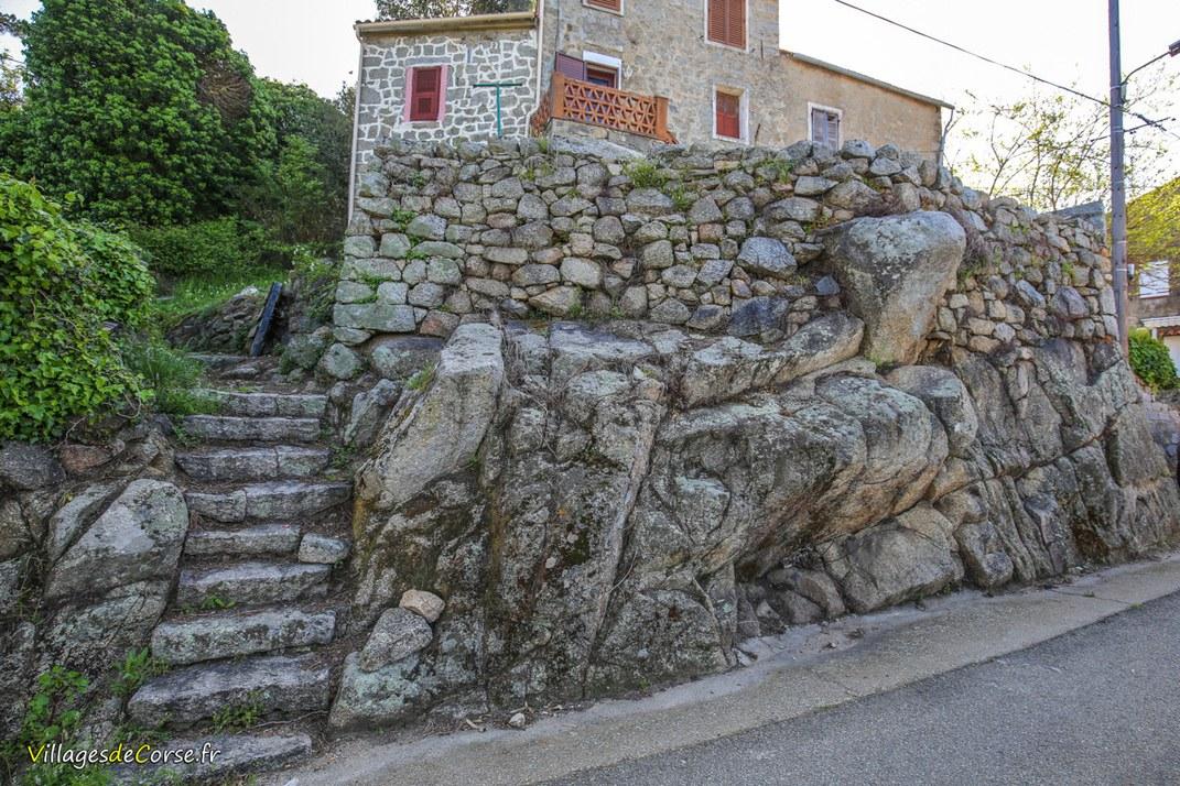 Roche - Pila Canale