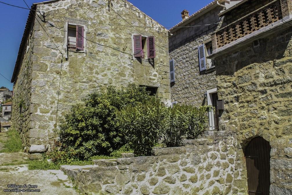 Maison en pierres - Zigliara