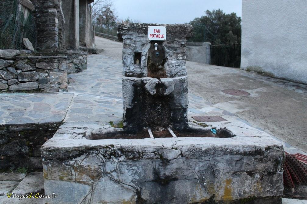 Fontaine - Alando