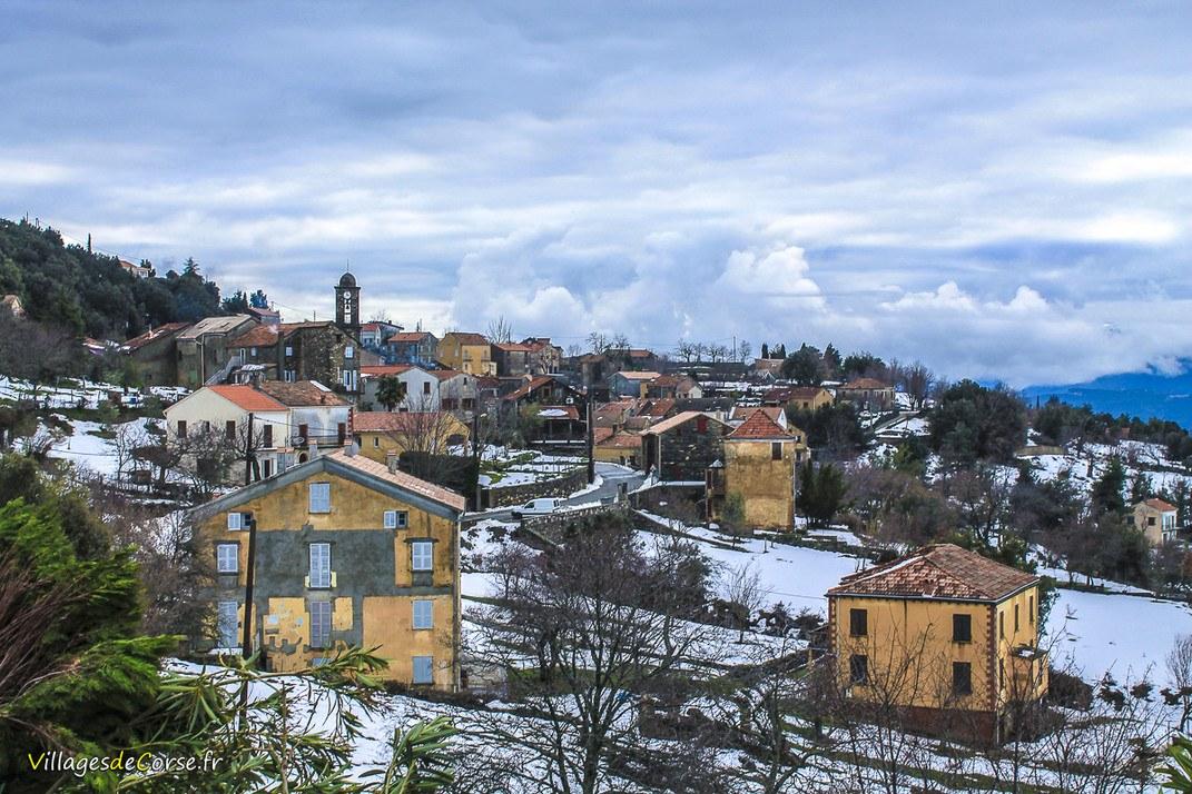 Village - Erbajolo