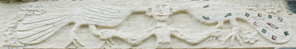 linteau eglise saint michel murato deux paons tirent oreilles