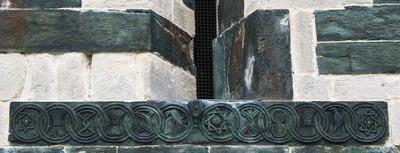 Sculpture douze cercles eglise saint michel murato