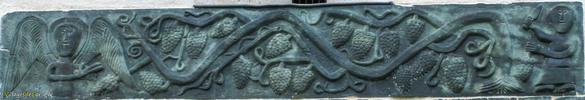 Sculpture scene noe raisin apres deluge eglise saint michel murato