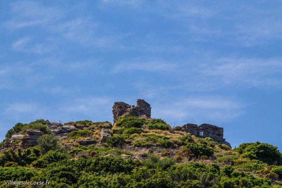 tour castellare ampuglia aquila pietracorbara