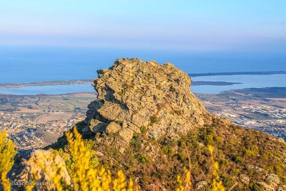 Piton rocheux Défilé du Lancone à Olmeta di Tuda
